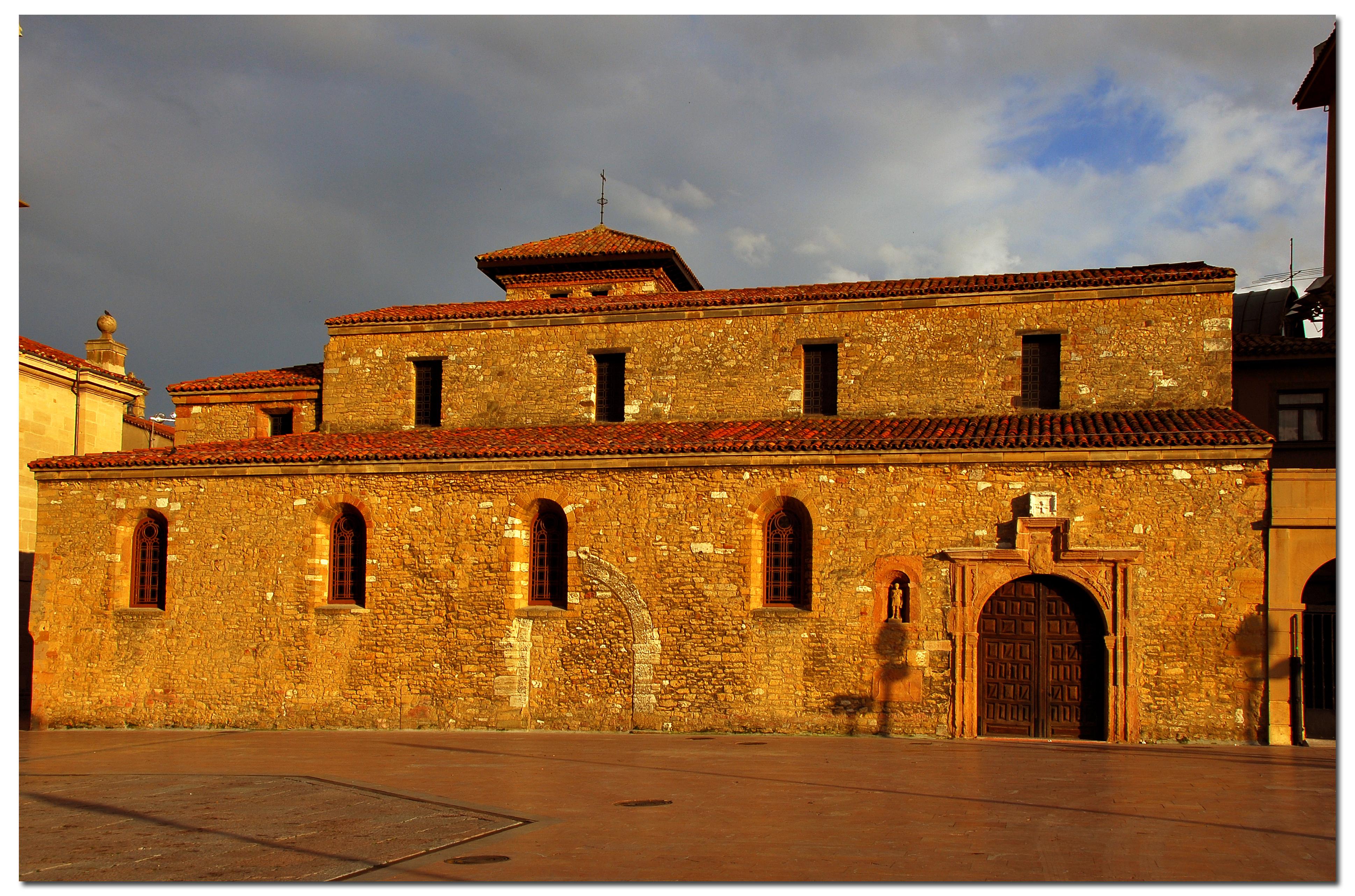 San Tirso y Torre Vieja