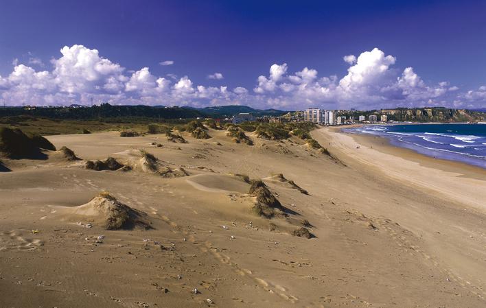 playa de San Juan de Nieva, o de El Espartal