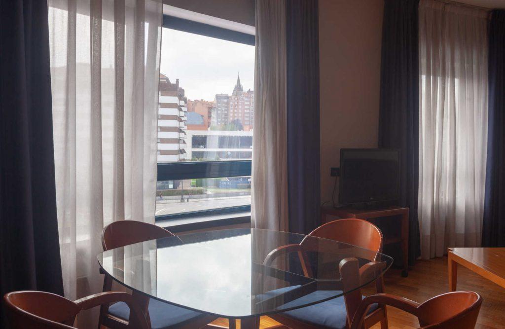 Salon Apartamento Aparthotel Campus Oviedo
