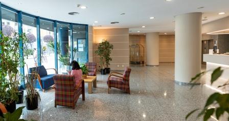 Recepcion-Campus-Aparthotel-Oviedo-Asturias