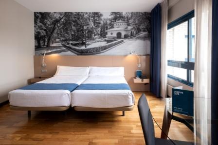 estudio-campus-aparthotel-oviedo